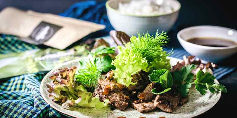 Beef Lok Lak mit Kampotpfeffer
