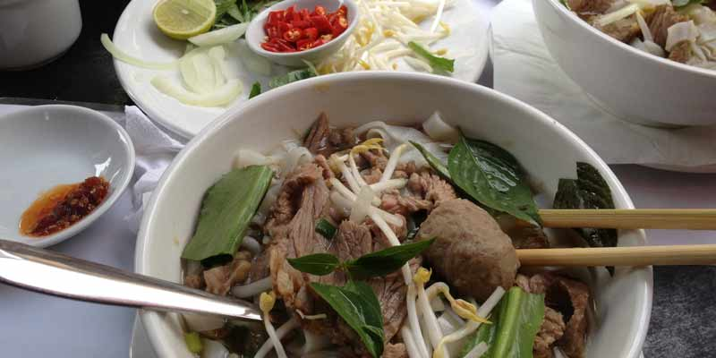 Nudelsuppe in Kambodscha