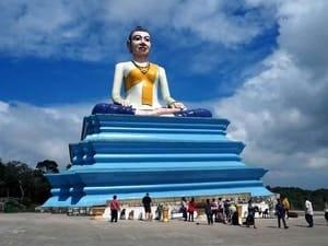 Sampov Pram Tempel Kampot