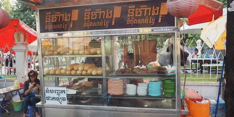 typisches Strassenrestaurant in Kambodscha